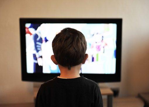 avent, televizoriaus žiūrėjimas